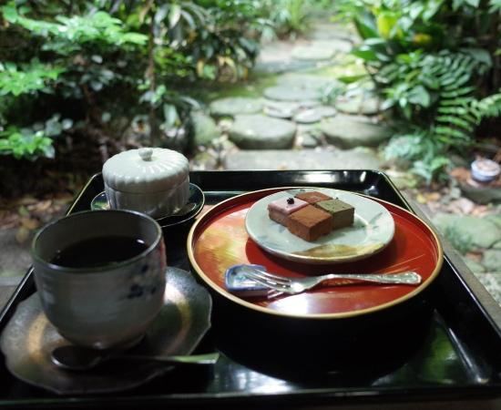 生チョコレートとコーヒー